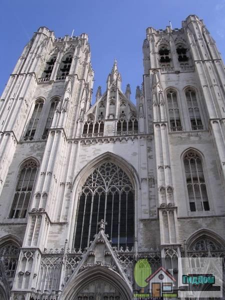 ([[Kathedraal van Sint-Michiel en Sint-Goedele Sint-Michiels en Sint-Goedele Kathedraal]])