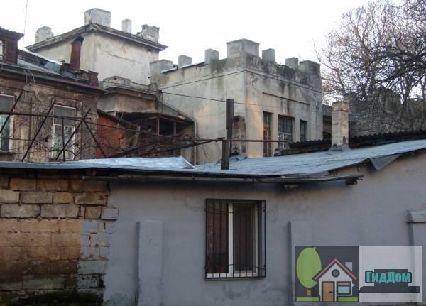 Жилой дом (Будинок житловий)