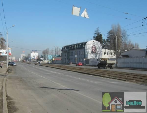 Панорама Автозаводской улицы Киева