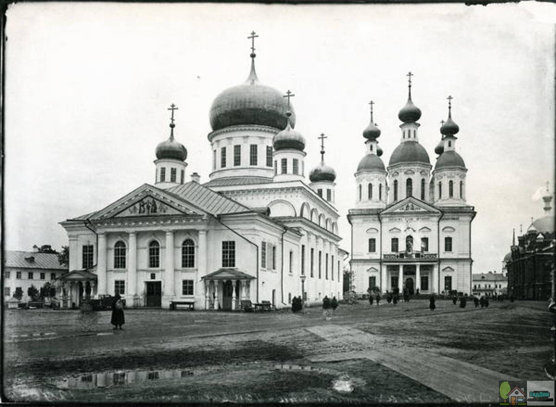 Успенский собор Саровского монастыря