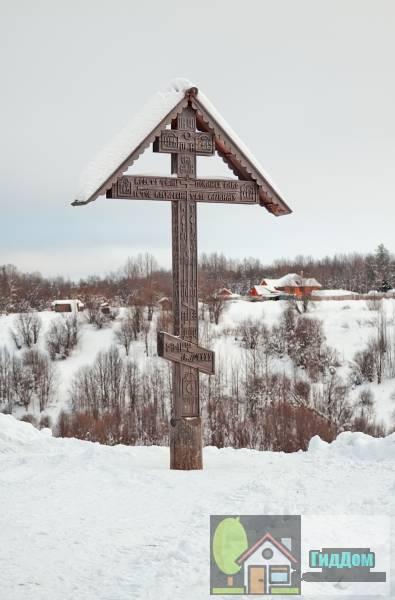 Деревянный обетный крест 1899 года из деревни Козьмогородская, Мезенский уезд, Архангельская область