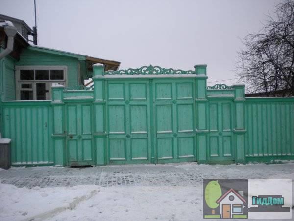Ворота дома №12 по улице Лажечникова